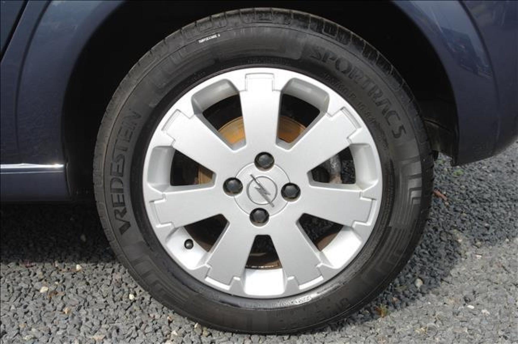 Opel-Meriva-15